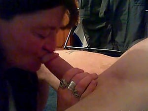 Guy gets his cock blown and gives quickie