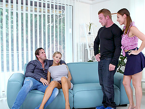 Antonia Sainz and Florane Russell swalow cumshots in a foursome