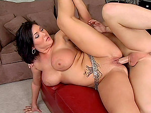 Claire Dames deepthroats a dick and gets fucked in switch roles cowgirl and other positions