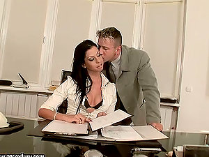 Larissa Dee the sexy assistant gets fucked in cootchie and donk