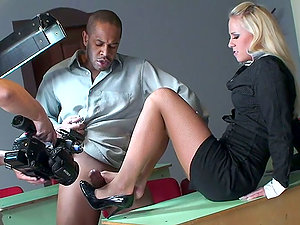 Backstage of Foot worship Hump with Kerry Louise & Carla Cox