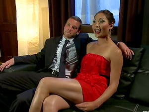 Hot shemale Annalise Rose gets her Asian booty fucked by Jesse Carl