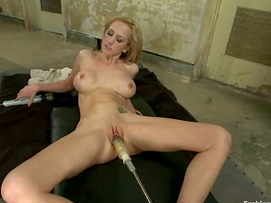 Brett Rossi plays with a fucking machine in the locker room