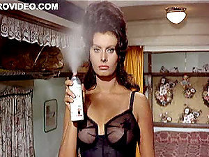 World's Best Antique Celeb Sophia Loren Wearing Cock-squeezing Undergarments