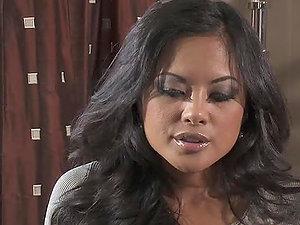 A hot Facial cumshot For the Sex-positive Honey Kaylani Lei