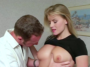 Stunning Lea fucks a dude in a bedroom and drinks his jizz