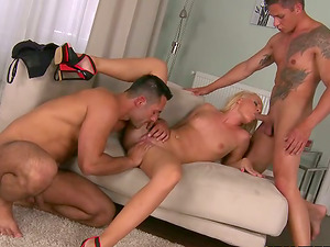 Long-legged Vanda playthings herself with a faux-cock and gets threesomed