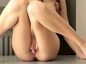 Amazingly Sensuous Solo Onanism with Playing and Finger-tickling