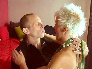 Cocky mature woman gets her vagina slurped and fucked
