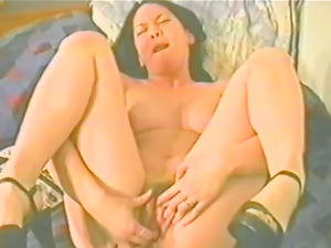 A homemade flick of a kinky dark haired finger-tickling her snatch