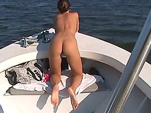 Divine hump dolls are in a hot threesome on the yacht