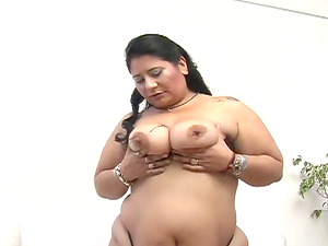 Dark-haired fattie Marie B gives a tit job and gets her cunt fucked hard