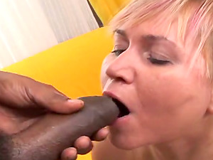 Blonde mom Venuse inhales a Big black cock and gets geysers of jizz on her face