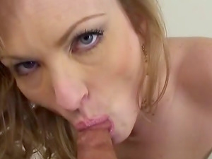 Blonde Honey With Big Boobies and Raw Twat Loves to Fuck