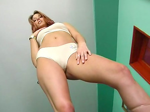 Crazy Hot Dame Gets Dual Penetrated and Creampied