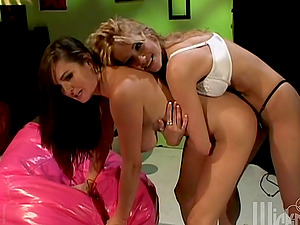 Devinn Lane and Jessica Drake slurp vulvas in a 69 position