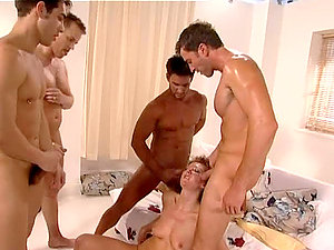 Four Hard-ons Bang Jenny Love Itt in Wild Group sex Fuck
