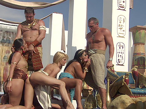 Groupsex Hot Egyptian Orgy! Hot Figures Fucking Away and Nice Spunk Exchange!