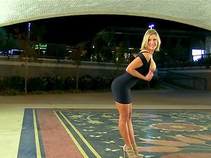 Lewd flasher Anne masturbates her cunt in a public place