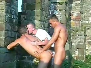 Homo Guys Having Gonzo Ass-fuck Hookup In An Abandoned Construction