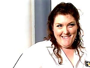 Obese bi-atch loves having her meaty twat slurped before railing a dick