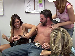 Beautiful Boy With An Awesome Assets Lovin? A Xxx Group sex In His Office