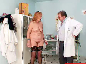 Chubby mature woman gets her twat toyed at the gynecologist's