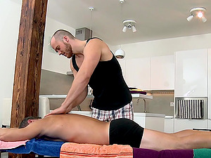Muscular Queer Stud Gets a Rubdown and Fucks His Masseuse