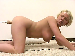 Chubby short-haired blonde gets her twat toyed to orgasm