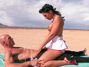 Stunning Black-haired Cowgirl Getting Drilled Hard-core Outdoor