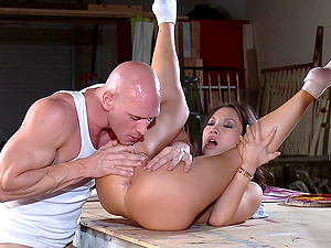 Sexy Asian Damsel With Exquisite Natural Tits Loving A Hard-core Fuck In A Factory