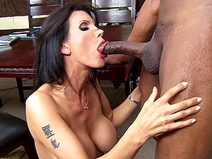 Charming Dark-haired Cougar Getting Screwed In A Hot Interracial Hook-up