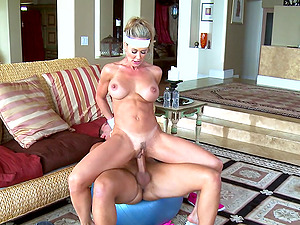 Sporty blonde mom Brandi Love blows and gets banged every which way