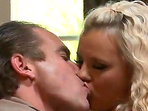 Bree Olson fucks Evan Stone and gets snatch and mouth penis crammed