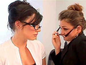 Beautiful Stunners Plowed In A Hot FFM Threesome In The Office