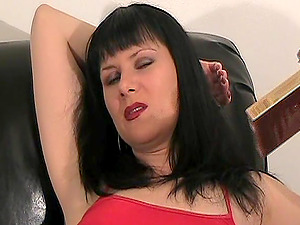 Hot frigging and playing scene with salacious smoking cougar