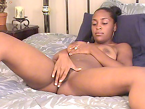 Horny Lezzies With Natural Tits Fuck In Interracial Scene