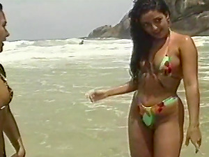 Sexy Youthfull Dark-haired With Big Tits Getting Her Cunt And Asshole Gobbled In Her Pool