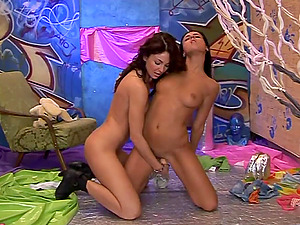 Charming Lesbos In Cut-offs Have fun With Playthings In Their Vulvas