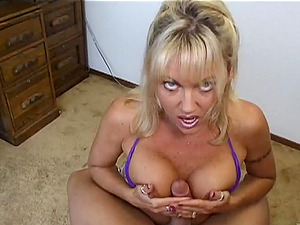 Horny Mummy Oral jobs And Ball Licks Big Shaft On Cum-shot In Close Up