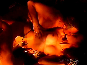 Lusty Threesome Twat Eating And Handjob On Reality