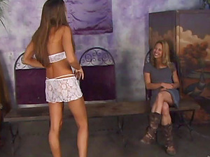 Appealing Lezzie In Miniskirt Gets Drilled Xxx Using A Strapon