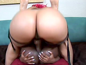 Shapely Black Sapphic Getting Screwed Using Strapon