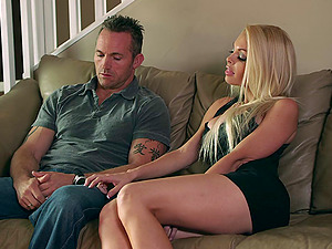 Jesse Jane gives an awesome bj and gets her cootchie banged deep