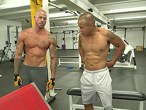 Two kinky poofters luvs ardent fucky-fucky in the cowboy pose in a gym