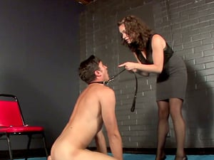 Princess Starli gets her beaver tongued by a sub in ball busting scene