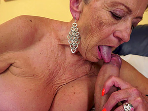 Fancy granny with big tits likes getting her cunt pounded gonzo