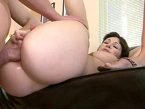 Randy bitches get rectally fucked gonzo in FFM threesome