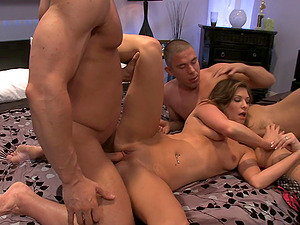 Two guys fuck this housewife then douche her with jizz