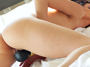 Once her undies hit the floor Leanna Sweet gets out the wand